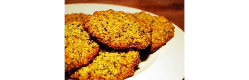 Oat cake with spirulina